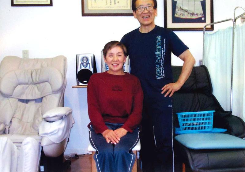 写真:今野さんと籾山先生